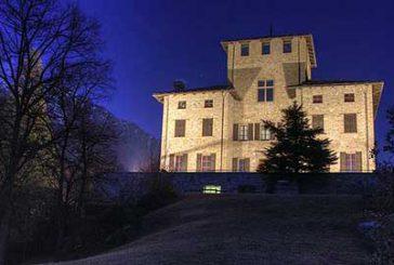 Saltimbanchi, cantastorie al Castello Gamba per la Carovana di Natale