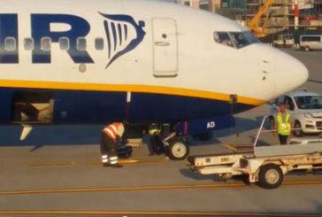 Sacbo sospende responsabili maltrattamento bagagli. Soddisfatta Ryanair