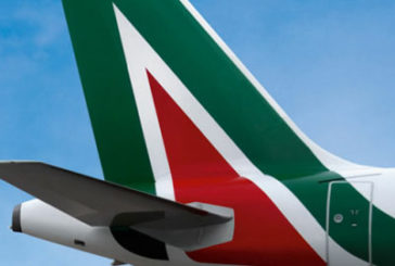 Codacons denuncia Alitalia per mancato rispetto distanze sicurezza