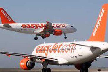 easyJet chiude base a Fiumicino, piloti e hostess trasferiti