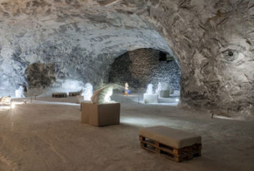 Tra i vicoli di Petralia il sale diventa materiale da scolpire