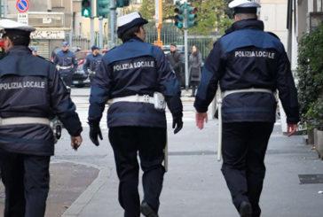 Firenze, vigili scoprono servizio abusivo di ncc. Scattano maxi multe