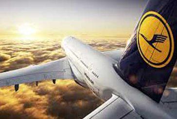 Coronavirus, Lufthansa riduce posti su voli per Italia, restano sospesi quelli per Cina e Iran