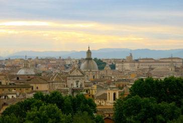 Roma, sindaca Raggi inaugura pedonalizzazione di via del Corso