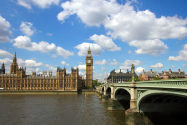 Coronavirus, Londra non bloccherà i voli da e per l'Italia
