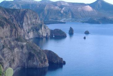Non solo via mare, la Regione punta a collegamenti alternativi per le Eolie