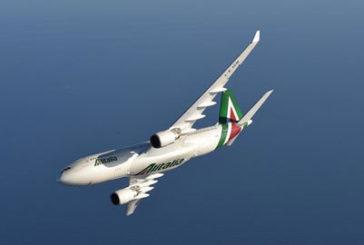 Ecco il bando Alitalia: vendita intera o volo-handling separati