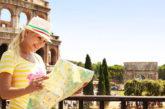 Gli stranieri salvano il turismo italiano, ma i soggiorni sono più brevi