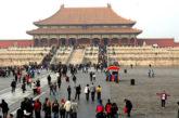 Voli per Pechino deviati su altri aeroporti: si temono contagi da ritorno