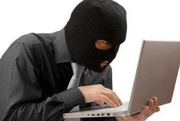 Pioggia di minacce online agli albergatori, Federalberghi: denunciate