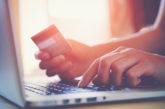 Pagamenti on-line con carta di credito: Banca Italia concede la proroga