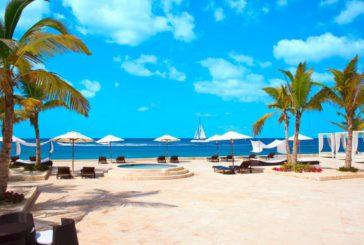 Un tuffo nel mar dei Caraibi al Margò al Viva Dominicus Village Sole