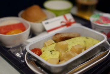 Il cibo in aereo non è buono? colpa del rumore