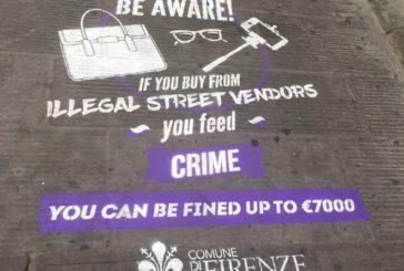 A Firenze arrivano graffiti 'antidegrado', scritte contro sporcizia e contraffazione
