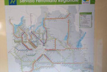 Cartina Lombardia su treno Salento, Pellegrino: gaffe davanti ai turisti