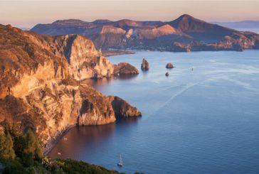 Da luglio collegamenti Eolie-Reggio Calabria, Federalberghi: ma servono accorgimenti
