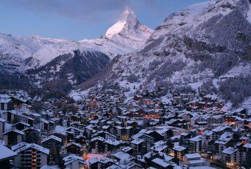 Sindaco Courmayeur invita non residenti a tornare a casa: turisti troppi incoscienti