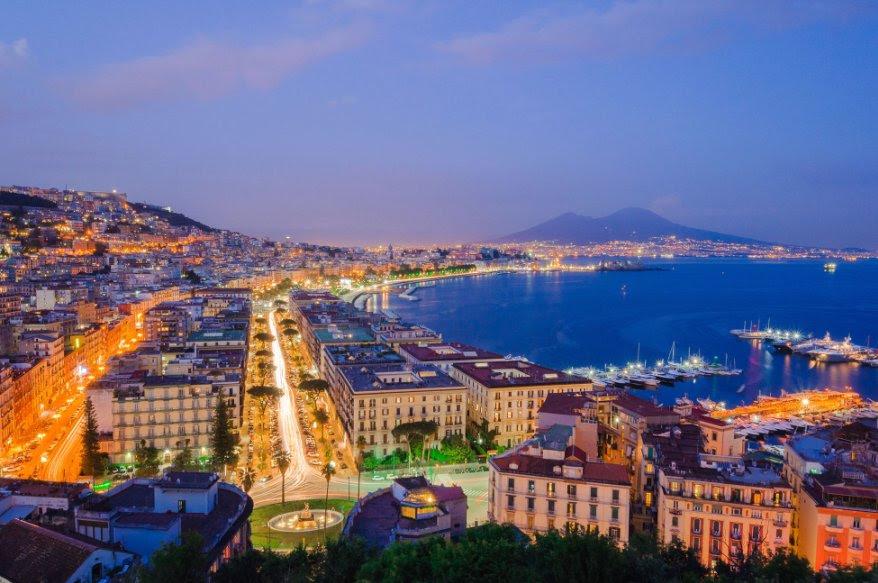 Napoli Sempre Pi U00f9 Amata Dai Turisti Russi Per Lo Shopping