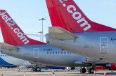 Dà di matto durante il volo: Jet2 multa passeggera per quasi 100 mila euro