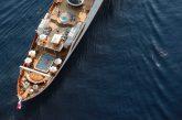 A Lipari lo yacht che fu di Onassis ora restaurato e affittato