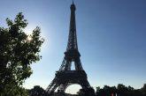 A Parigi il Louvre resta chiuso ma la Tour Eiffel è aperta
