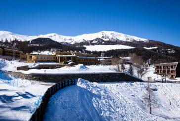 Soggiornare al Club Esse Pila 2000 tra mercatini natalizi, sci alpino e Rocco Schiavone