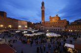 Siena, in Piazza del Campo si rievoca il 'mercato grande' medievale