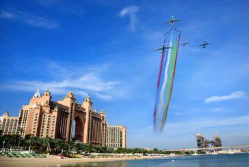 Per la Festa nazionale degli Emirati Arabi Uniti le compagnie aeree spiccano il volo