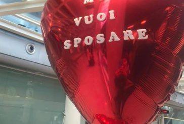 Proposta di matrimonio a Fontanarossa, ma lei fugge via