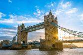 Londra sigla accordi con vettori aerei per migliaia di rimpatri