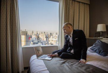 I viaggiatori d'affari cercano opzioni personalizzate e soluzioni di pagamento efficaci