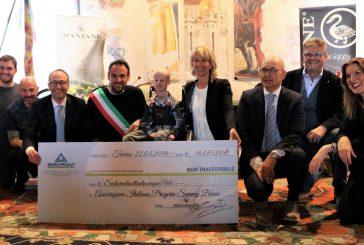Le Manzane dona alla onlus di Sammy Basso un assegno di 16 mila euro