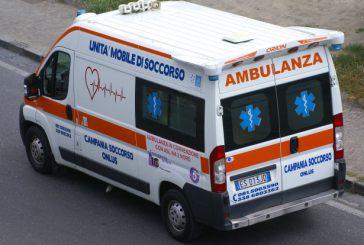 Negato imbarco per Capri a malata di tumore in ambulanza: è polemica