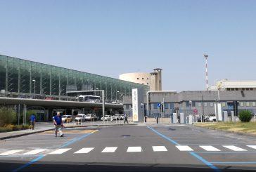 Ancora disagi a Catania: chiusi due settori spazio aereo per cenere lavica