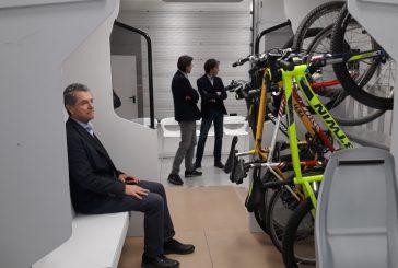 Trenitalia spinge il cicloturismo: ok alle bici sugli Intercity