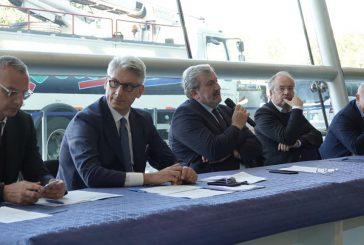 AdP, consegnato de-icer a Brindisi e nuovi voli charter per la Russia