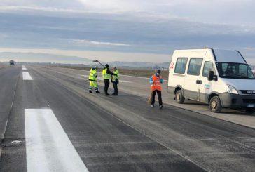 Aeroporto Umbria, primi interventi manutenzione pista volo