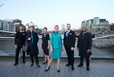 Aer Lingus: ecco le nuove divise firmate dalla stilista irlandese Louise Kennedy