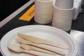 Trenitalia elimina plastica da caffè e ristoranti a bordo dei treni