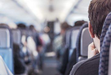Usa, compagnie aeree e governo valutano stop voli passeggeri interni