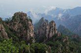 Cina, visita gratis ai Monti Gialli: sito in tilt per le oltre 20.000 presenze